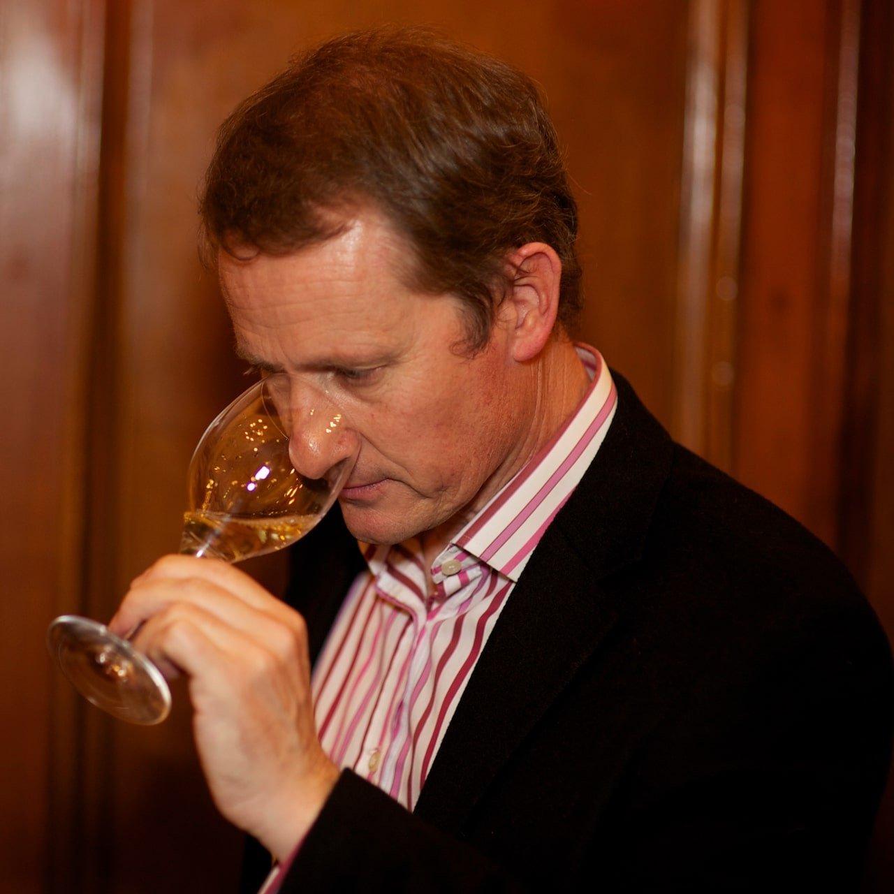 Master of Wine Matthew Stubbs - 23 ratio-min